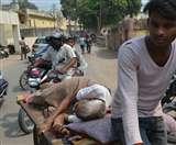 शर्मनाक: सुविधाओं का दावा करने वाले एसएन में 'ढकेल' पर मरीज, अव्यवस्थाओं का झेल रहे दर्द Agra News