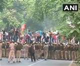 मनोज तिवारी के नेतृत्व में राहुल गांधी के खिलाफ भाजपा कार्यकर्ताओं का प्रदर्शन