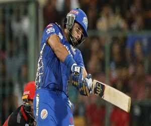 IPL 2020: युवराज सिंह को मुंबई इंडियंस ने किया बाहर, Dhoni की टीम से पांच खिलाड़ी हुए आउट
