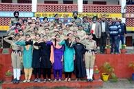 छात्राओं को सेना में भर्ती होने के लिए किया प्रेरित