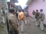 घटना के बाद ग्रामीणों में आक्रोश, दबोचे गए सभी आरोपित