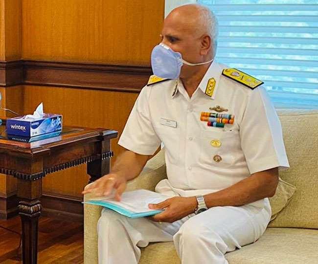 नौसेना के वरिष्ठ पनडुब्बी अधिकारी 31 दिसंबर को होने वाले थे सेवानिवृत्त।