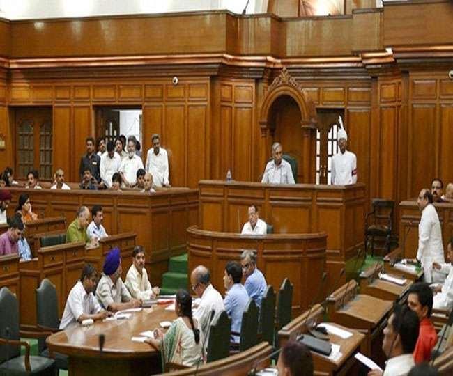 दिल्ली विधानसभा के अंदर सदन की कार्रवाई की फाइल फोटो