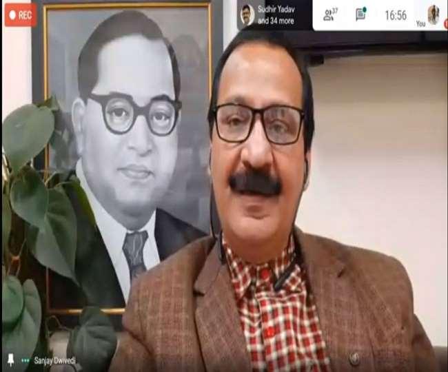 भारतीय जन संचार संस्थान (आईआईएमसी) के महानिदेशक प्रो. संजय द्विवेदी