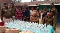 ऑटो में 1050 बोतल शराब जब्त, पांच तस्कर गिरफ्तार