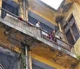 Jammu Kashmir : जजर्र इमारत छोड़ने को तैयार नहीं दरबार मूव कर्मी, मुलाजिमों को कई बार नोटिस भी जारी