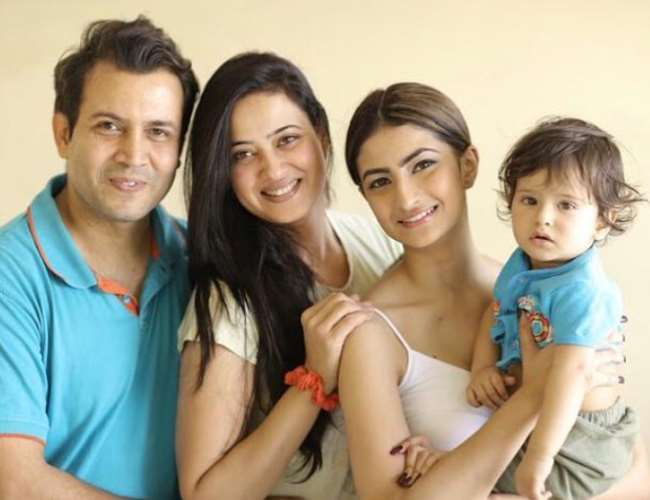 TV Actress Shweta Tiwari Husband Abhinav Kohli Shares Son Reyansh Video  Says Will Get Arrested For Your Happiness