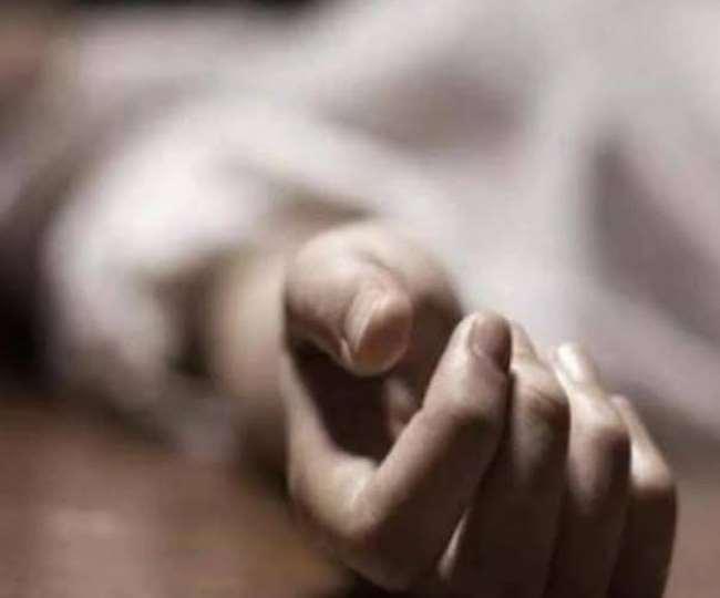 आंध्र प्रदेश में छात्रा की सरेआम हत्या।(फोटो: दैनिक जागरण)
