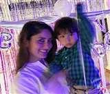 Taimur Ali Khan Photos : करीना कपूर से फोटो क्लिक नहीं करवाते बेटे तैमूर अली खान, ये है वजह
