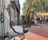 आदित्य हत्याकांड के मुख्य आरोपित के ढाबे पर चला JCB, गिराया अवैध निर्माण Raebareli News