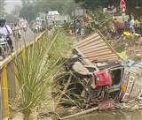 पुल से रामगंगा नहर में गिरा ट्रक, घंटों तड़पता रहा केबिन में स्टेयरिंग के बीच फंसा चालक Kanpur News