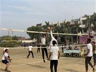 बॉलीबाल स्पर्धा ने नेशनल पब्लिक स्कूल ने संजय गांधी पब्लिक स्कूल को हराया