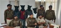 चोरी के आरोप में तीन शातिर चोर गिरफ्तार, 11 मोबाइल बरामद
