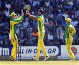 मिचेल स्टार्क की भारतीय बल्लेबाजों ने जमकर की कुटाई, बना दिया शर्मनाक रिकॉर्ड