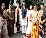दिल्ली में सोनिया-राहुल से मिले झारखंड के 16 MLA, हेमंत सरकार में महत्वपूर्ण मंत्रालयों की डिमांड