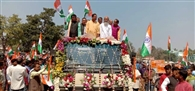केंद्रीय मंत्री षाड़ंगी की अगुवाई में सीएए के समर्थन में विशाल रैली