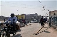 सरैया और आवास विकास क्रॉसिंग पर जाम से जूझे वाहन सवार