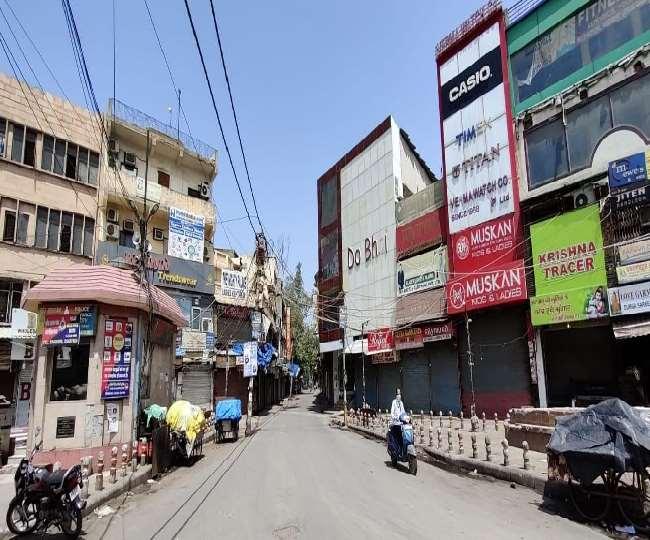 कनाट प्लेस, पुरानी दिल्ली और करोलबाग इलाके में रही शांति
