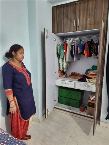 Robbery in Kanpur: अपार्टमेंट में गार्ड और वृद्धा को बंधक बनाकर दिनदहाड़े डकैती, लाखाें का माल लूट ले गए बदमाश