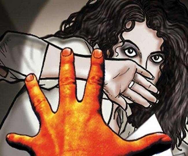 कन्नौज में किशोरी से छेड़छाड़ के युवक ने तमंचा दिखाकर दी थी धमकी, डेढ़ माह बाद मुकदमा