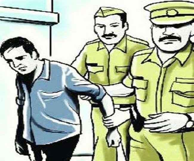 फर्रुखाबाद में चूड़ी खरीदने आई महिला से हुई थी दरिंदगी, पुलिस आरोपित दुकानदार समेत उसके भाई को किया गिरफ्तार