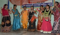 नृत्य कला प्रतियोगिता में रूपल व रिया प्रथम