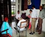 DEO ऑफिस का सामान कुर्क करने पहुंची टीम, अधिकारियों में मचा हड़कंप Ludhiana News