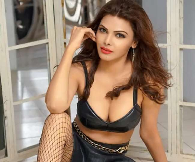 Sherlyn Chopra Shared A Motion Film Poster Of She Kills On ...