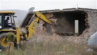 दो सौ कनाल भूमि से अतिक्रमण हटाया, दस पक्के मकान भी तोड़े