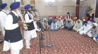 शहीद बाबा दीप सिंह के शहीदी पर्व पर गुरुद्वारे में हुआ लंगर