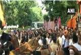 Video: बाला साहेब को श्रद्धांजलि देने पहुंचे पूर्व CM देवेंद्र फडणवीस, शिवसेना के समर्थकों ने की नारेबाजी