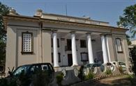 ग्रीक डोरिक शैली में बना व्हीलर सीनेट हॉल, जहां टैगोर ने सुनाई थी कविता
