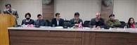 विकास परियोजनाओं को प्रमुखता से पूरा करवाएं अधिकारी : मुकुल कुमार