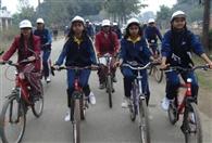 गांव से शहर तक फिट इंडिया के लिए साइकिल रैली