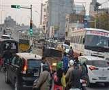 Traffic jam : डाबड़ा चौक पर 60 सेकेंड के लिए रुक रहे वाहन, निकलने को मिल रहे 42 सेकेंड