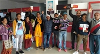 चम्पावत के पोस्ट ऑफिस में इंटरनेट सेवा ठप, उपभोक्ताओं का गुस्सा हुआ अप
