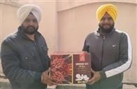 होली-बैसाखी धमाका ऑफर में रजिदर पाल सिंह ने जीता डिनर सेट