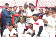 बाजपुर की टीम ने जीता क्रिकेट टूर्नामेंट