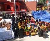 Taj Mahotsav 2020: सज गया शिल्प और संस्कृति का मंच, शाम से उमड़ी भीड़ Agra News