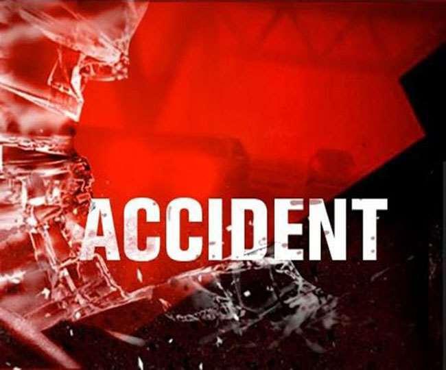 Bus Accident in Chhattisgarh: रायपुर से झारखंड जा रही बस दुर्घटना में एक दर्जन से ऊपर घायल, कुछ गंभीर