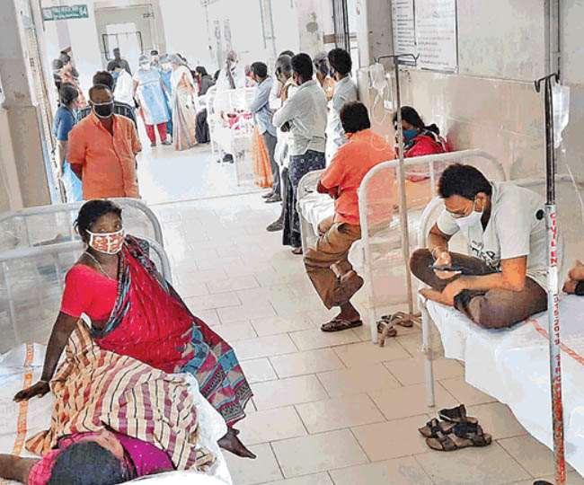 भारत में प्रति एक हजार आबादी के लिए एक भी बेड नहीं उपलब्ध।