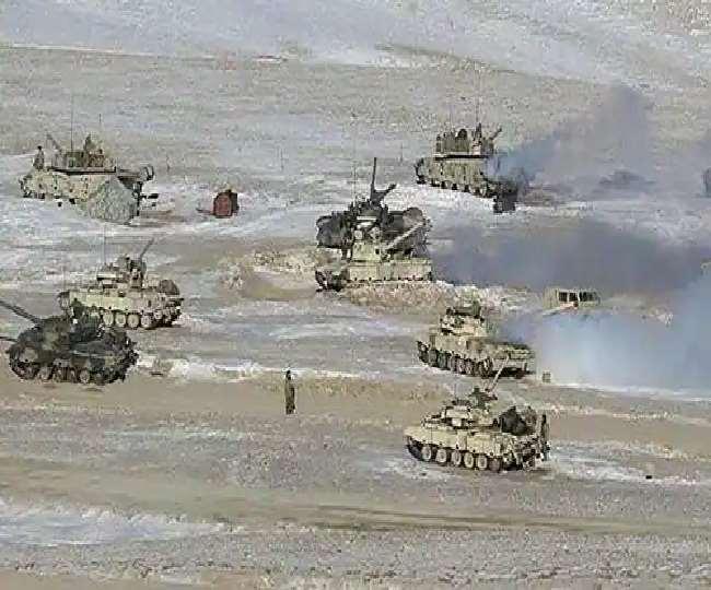 लद्दाख की दूसरी तरफ देखी गई चीनी सेना, पिछले साल भी अभ्यास की आड़ में दिया था धोखा, भारत अलर्ट
