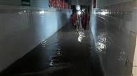 जिला अस्पताल के वार्ड में भरा पानी, संक्रमण का खतरा