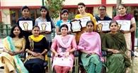 गुरु नानक खालसा की छात्राओं का शानदार प्रदर्शन