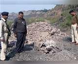 अवैध कोयला खनन में एक की मौत, महिला जख्मी; सुरक्षा अधिकारी ने घटना को बताया अफवाह Dhanbad News