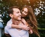 बिजी लाइफस्टाइल के चलते रिश्तों के बीच बढ़ती दूरियों को इन टिप्स की मदद से करें दूर