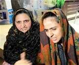पति ने खाते से सारे रुपये निकाले, पत्नी ने किया शोरूम के बाहर हंगामा Jalandhar News