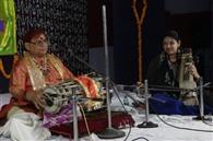 जाह्नवी तट पर प्रवाहमान हुई संगीत की त्रिवेणी