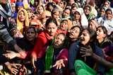 हाथरस अड्डा पर शव रखकर आगरा रोड किया जाम, प्रदर्शन-नारेबाजी Aligarh News