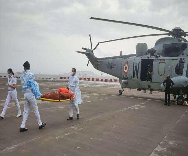 चक्रवात नौसेना बचावपी305 पर मौजूद 273 लोगों में से अब तक 184 को बचा लिया: नौसेना
